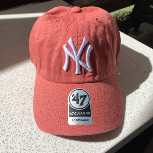 NEW YORK YANKEES- ISLAND RED47BRAND